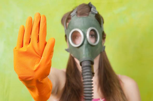女性にとって大問題!おならの臭いを改善する7つの方法