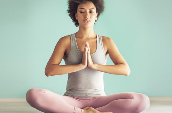 ヨガの呼吸法で心も体も健康に!すぐできる7つのヨガ呼吸法