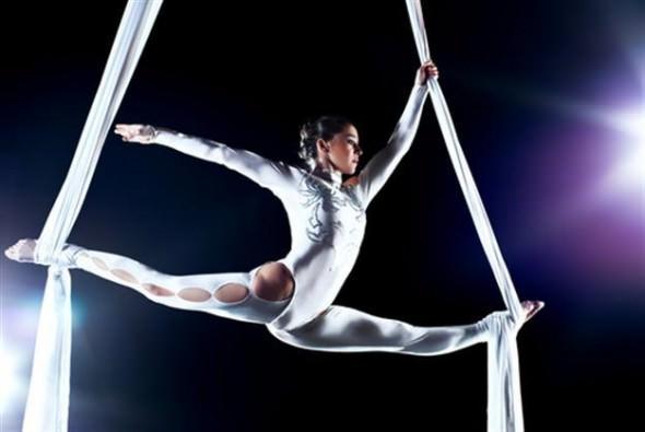 1380323656_550351240_1-Fotos-de--Clases-de-danza-aerea